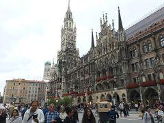 でました、ミュンヘン新市庁舎  凄!