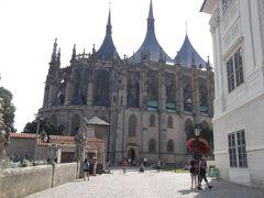 もうひとつの世界遺産・聖バルボラ教会に