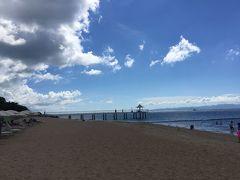 すぐにビーチが広がります。 有名なエンジェルピアも見えます。