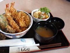 20日、来迎寺の天ぷら屋さんで天丼をいただき小国地区に向かいます。(  http://www.syojoji.jp/  )