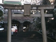翌朝一番に訪れたのは尾山神社。主祭神は前田利家公。