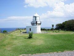 日本で唯一の菊のご紋のある灯台。 昔はそれを知らなかったけど、たっだ素直に大好きでした。