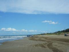 おはようございます。 今日もよい天気♪ なんだか少し風が涼しくなってきました。 今日でコンプリート!の予定ですし、そのあと洗車予定なので 久しぶりに千里浜に。