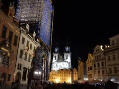 旧市庁舎は工事中で、旧市街広場を一望できる塔には登れない感じでした。  2018年中頃まで工事の様です。