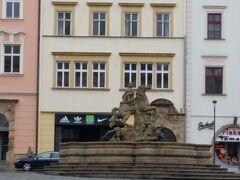 カエサル噴水 カエサルはオロモウツの街の伝説上の創始者だそうです。