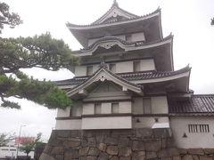 高松城址公園。  今日は金比羅さんに参拝に行きます。
