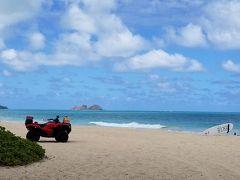 """『ワイマナロ&ベローズ・ビーチ』 「JTBハワイのビーチ編」""""BEST4""""に選ばれています。 ワイマナロ・ビーチ、ベローズ・ビーチともに観光客が少なく、まさに知る人ぞ知る""""ロコのビーチ""""賑やかなワイキキ・ビーチとは異なり、ゆったりとリゾート気分で静かな美しいビーチを満喫できます。と紹介されています。"""