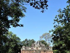 王宮跡に建つ天上の宮殿ピミアナカス
