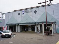 ●近鉄桜井駅  近鉄桜井駅は、JR桜井駅と隣接しています。 この界隈は奈良盆地の端っこのイメージがあります。