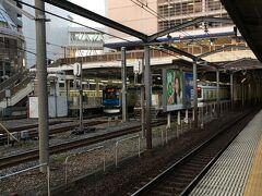 柏駅で下車します。