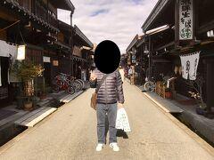 飛騨高山の古い町並みです。 外国人観光客が多数いました。