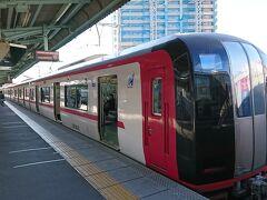 9:02 名鉄電車に乗って岐阜駅から名古屋駅へ約30分