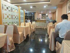 3日目朝です。  城美大飯店の朝食スタイルは、少なくとも17年前と同じで、昔ながらの台湾スタイルの朝食です。