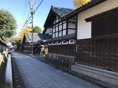 旧内山家、旧田村家、石灯籠通りを通って、寺町通りへ。