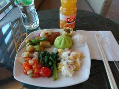 プライオリティパスで使える中国国際航空のファーストクラスラウンジで軽く食事
