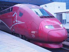 3日目 8時半:ホテル出発。RERを乗り継いでパリ北駅を目指します。 余裕を持って出たはずが、意外とギリギリでした。  9時25分発のTHALYSに乗って、ブリュッセルへ。 1ヶ月ほど前にネットから予約して1等車が65ユーロでした。 (ちなみに帰りは45ユーロ)
