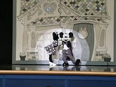 11:25 ワンマンズドリーム2 ザ・マジック・リブズ・オン  大好きなショーをほぼ中央で見ることができて大満足!