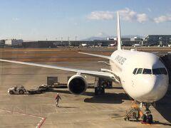 2018年最初の旅は、いざ大分へ♪ JALのフライトチケットは、貯まったマイレージを使っての特典旅行で申し込みました! 普段、4トラでクチコミ書いてる恩恵をこういうプチ国内旅で受けています。