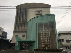次に訪れたのはこちら秋田市民俗伝統伝承館。 愛称:ねぶり流し館で、秋田県の伝統芸能に関する展示がなされている場所。