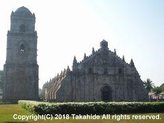 サン・オウガスチン教会(San Agustin Church)  ジープニーでパオアイ(Paoay)に向かい、フィリピンのバロック様式教会群(Baroque Churches of the Philippinesとして世界遺産に登録されている教会を見学します。   サン・オウガスチン教会:https://ja.wikipedia.org/wiki/%E3%82%BB%E3%83%B3%E3%83%88%E3%83%BB%E3%82%AA%E3%83%BC%E3%82%AC%E3%82%B9%E3%83%81%E3%83%B3%E3%83%BB%E3%83%91%E3%82%AA%E3%82%A2%E3%82%A4%E6%95%99%E4%BC%9A フィリピンのバロック様式教会群:https://ja.wikipedia.org/wiki/%E3%83%95%E3%82%A3%E3%83%AA%E3%83%94%E3%83%B3%E3%81%AE%E3%83%90%E3%83%AD%E3%83%83%E3%82%AF%E6%A7%98%E5%BC%8F%E6%95%99%E4%BC%9A%E7%BE%A4 世界遺産:http://whc.unesco.org/en/list/677
