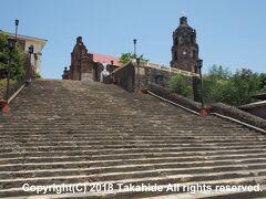 サンタ・マリア教会(La Nuestra Señora de La Asuncion Parish Church)  バタック(Batac)までジープニーで戻り、バスでサンタ・マリア(Santa Maria)へ。こちらもフィリピンのバロック様式教会群(Baroque Churches of the Philippines)として世界遺産に登録されている教会の一つです。   サンタ・マリア教会:https://en.wikipedia.org/wiki/Santa_Maria_Church