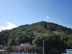 香色山(こうしきざん)というのがあって、ちょっとしたハイキングコースとなっている