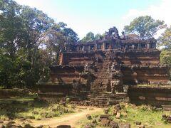 素敵な寺院ですね! 以前、登った記憶がありますが、今回は外から見ただけでした。
