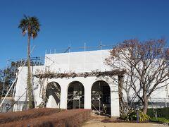 山手111番館  こちらも残念ながら窓周りの改修工事のため、 1月4日から3月23日まで休館です。