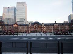 東京駅丸の内駅舎前の工事も終わり、綺麗に見られるようになりました