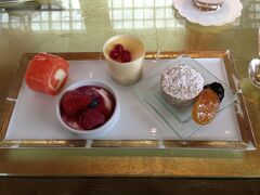 Chihuly Lounge @ Ritz-Carlton