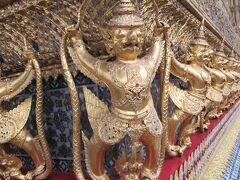 エメラルド寺院の装飾は素晴らしいですね