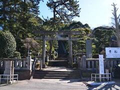 貴船神社と言う、神社がありました。 寛平元年(889年)の創建といわれ、大国主神事代主神、少彦名神がまつられているそうです(真鶴町役場のHPより)。