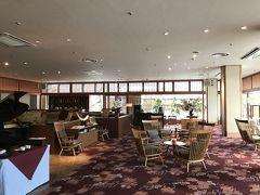 14:30頃、ホテルに到着。 芦ノ牧温泉 丸峰観光ホテル http://www.marumine.co.jp/marumine/onsen.html