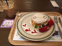 「ミーくんのりんごパンケーキ」です。 生クリームたっぷりでしたけど、甘さは結構控えめで美味しかったです。