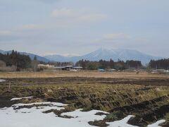 店内から那須連山が見えます。