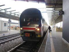 空軍博物館に行くため、FS線でブラッチャーノ駅に向かいます。 ローマ・ティブルティーナ駅から約1時間ちょい。