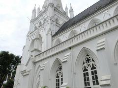 セントアンドリュース大聖堂 です。 この教会も真っ白で綺麗です。