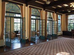 【ベーリック・ホール】 まずは1階大広間。 今日が晴れでホント良かった~ヽ(^o^)丿