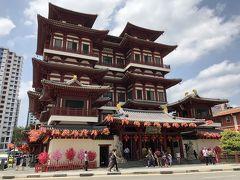 威風堂々な仏教寺院