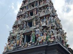 チャイナタウンの一角に有るヒンズー教の スリマリアマン寺院。