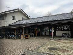 道の駅らしき場所もあります。 直売所です。