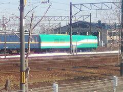 札幌運転所、マヤ35初めて見ました、しかもマヤ34と一緒 苗穂は特に目を引くものは有りませんでした。