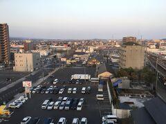 翌朝ホテルの部屋からの景色。