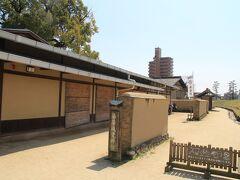 湯築城資料館では発掘調査の成果や河野氏の歴史などが展示されています。 スタッフの方が詳しく説明してくださいました。