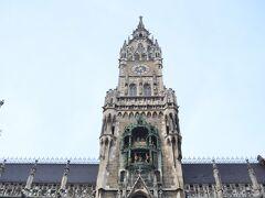 新市庁舎の仕掛け時計も見ておきました。