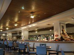 レンタカーとかのやり取りで遅くなってしまったため、宿泊先のニッコーグアムのマゼランにて夕食。 翌日は早いので出かける準備をして早めに就寝