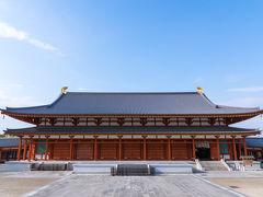 天理から近鉄吉野線にて西ノ京、薬師寺に来ました。 色々ゆっくりしすぎてだいぶ遅くなってしまいました。  大講堂です、大きいです。