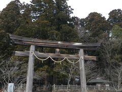 雪道に翻弄され、戸隠神社奥社参拝を断念した後、無事に中社へと戻って来ました。