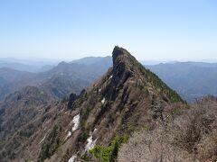 石鎚山最高峰の「天狗岳」(1982m)が絶景!