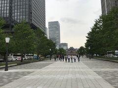 皇居の和田倉門から東京駅まで一直線に続く行幸通り